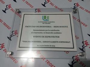 Placas Conmemorativas en Acrílico
